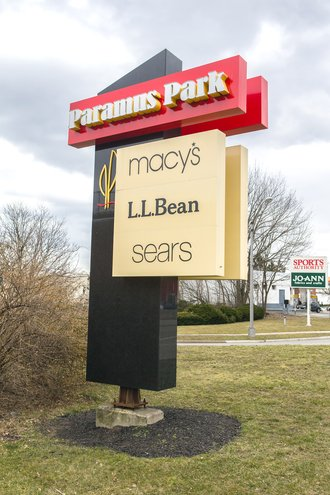 Signage for Paramus Park Shopping Center